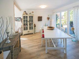 Ferienhaus für 4 Personen (140 m²) ab 155 € in Dornum