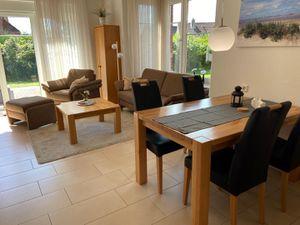 Ferienhaus für 4 Personen (75 m²) ab 79 € in Dornumersiel