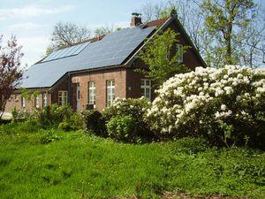 Ferienhaus für 9 Personen (125 m²) ab 118 € in Dornumersiel