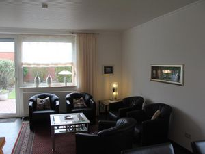 18716129-Ferienhaus-3-Dornumersiel-300x225-8