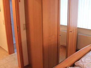 19828901-Ferienhaus-5-Dornumersiel-300x225-17