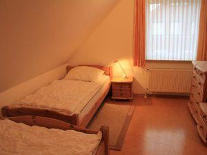 19828901-Ferienhaus-5-Dornumersiel-300x225-18