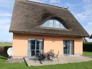 Ferienhaus für 8 Personen (140 m²) ab 55 € in Dranske