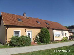Ferienhaus für 7 Personen (83 m²) ab 46 € in Dranske