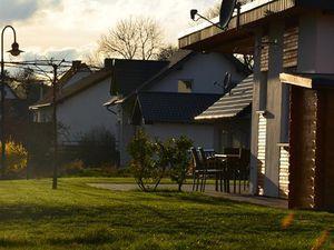 22207837-Ferienhaus-5-Eckfeld-300x225-4