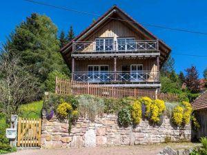 Ferienhaus für 16 Personen (160 m²) ab 106 € in Enzklösterle