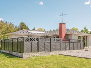 Ferienhaus für 8 Personen (132 m²) ab 57 € in Farsø