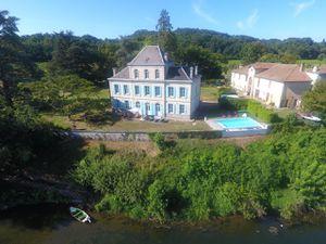 Ferienhaus für 12 Personen (350 m²) ab 330 € in Flaujagues