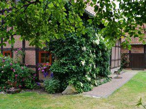 18658930-Ferienhaus-4-Gilten-300x225-3