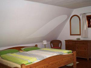 18658930-Ferienhaus-4-Gilten-300x225-7