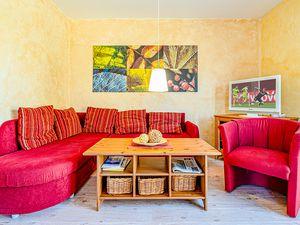 21994931-Ferienhaus-4-Glowe-300x225-3