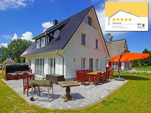 Ferienhaus für 11 Personen (125 m²) ab 220 € in Glowe