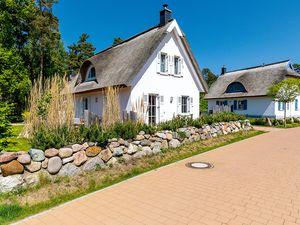 Ferienhaus für 5 Personen (95 m²) ab 59 € in Glowe