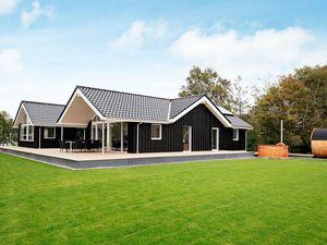 Ferienhaus für 14 Personen (240 m²) ab 186 € in Gørlev