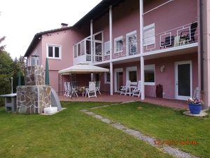 Ferienhaus für 7 Personen (312 m²) ab 129 € in Grafenau