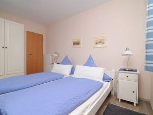 21729453-Ferienhaus-4-Greetsiel-300x225-24