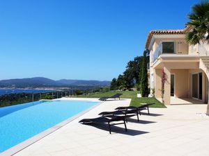 Ferienhaus für 6 Personen (200 m²) ab 318 € in Grimaud