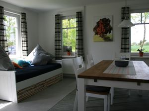 22764071-Ferienhaus-5-Hage-300x225-5