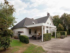 Ferienhaus für 12 Personen (190 m²) ab 272 € in Heeze-Leende