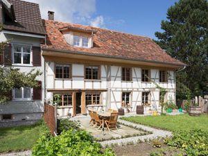 Ferienhaus für 6 Personen (150 m²) ab 172 € in Hefenhofen