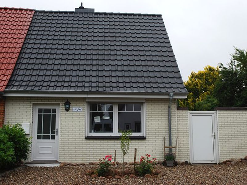 18678259-Ferienhaus-3-Heide-800x600-0