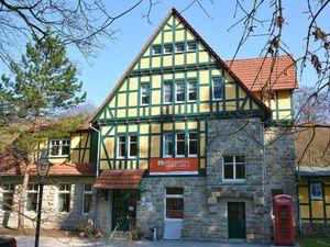 18367758-Ferienhaus-8-Heyerode-300x225-1