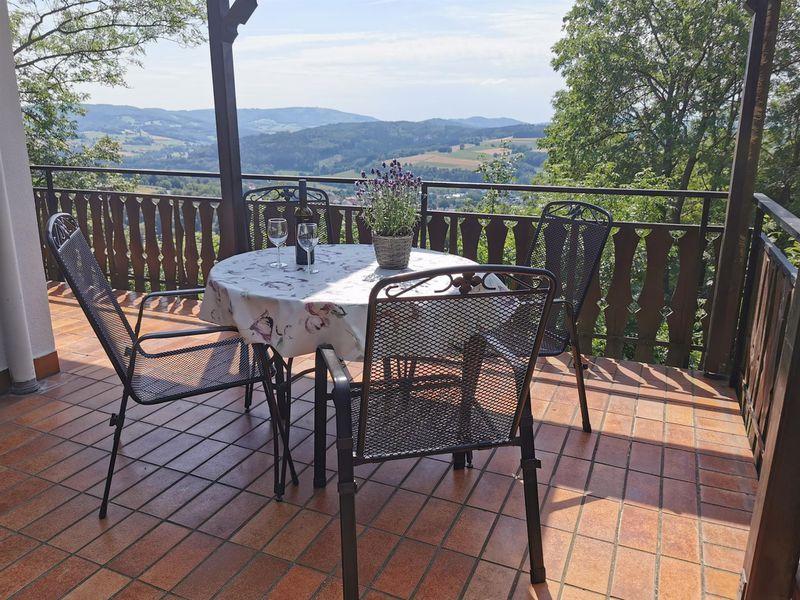 22334613-Ferienhaus-4-Hilders-800x600-2