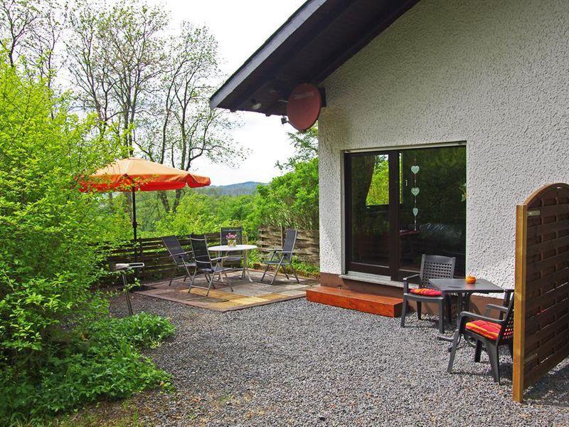 22780797-Ferienhaus-4-Hilders-800x600-0
