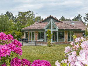 Ferienhaus für 12 Personen (217 m²) ab 137 € in Højby