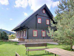 Ferienhaus für 14 Personen (210 m²) ab 250 € in Horní Maršov