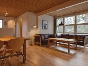 511937-Ferienhaus-8-Humble-300x225-2