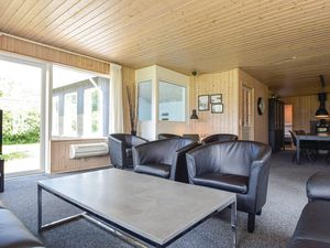 22383037-Ferienhaus-12-Humble-300x225-3
