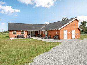Ferienhaus für 24 Personen (310 m²) ab 135 € in Idestrup