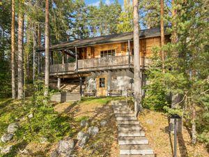 Ferienhaus für 10 Personen (180 m²) ab 586 € in Iitti