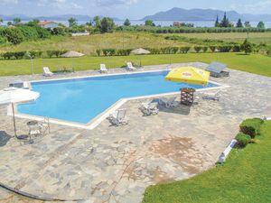 Ferienhaus für 20 Personen (430 m²) ab 267 € in Kamena Vourla