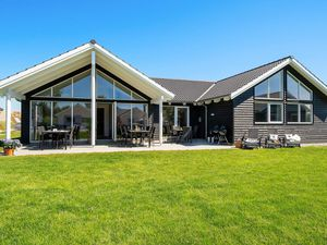Ferienhaus für 16 Personen (221 m²) ab 274 € in Kappeln