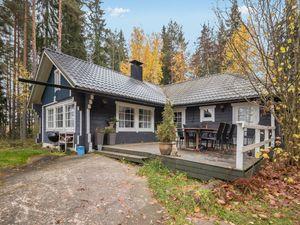 Ferienhaus für 10 Personen (95 m²) ab 139 € in Karjalohja