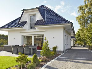 22274007-Ferienhaus-6-Karlshagen-300x225-4