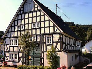 Ferienhaus für 26 Personen (400 m²) ab 304 € in Kirchhundem