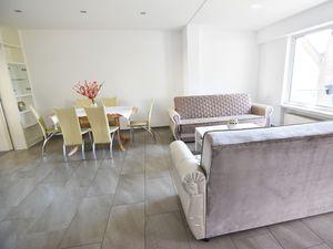 Ferienhaus für 9 Personen (150 m²) ab 151 € in Köln