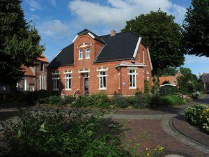 19472911-Ferienhaus-6-Krummhörn-300x225-0
