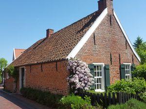 Ferienhaus für 6 Personen (70 m²) ab 102 € in Krummhörn