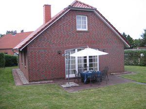 Ferienhaus für 6 Personen (90 m²) ab 67 € in Krummhörn