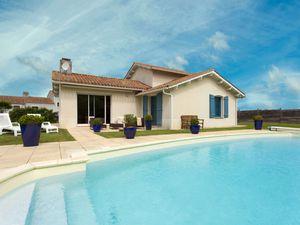 Ferienhaus für 8 Personen (128 m²) ab 102 € in L'Aiguillon Sur Vie
