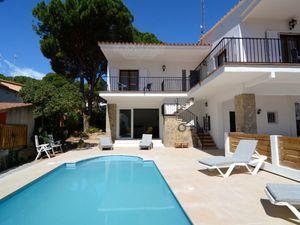 Ferienhaus für 10 Personen (199 m²) ab 186 € in L'Escala