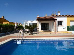 Ferienhaus für 8 Personen (89 m²) ab 142 € in L'Escala