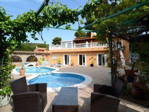 Ferienhaus für 10 Personen (260 m²) ab 225 € in L'Estartit