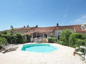 Ferienhaus für 6 Personen (180 m²) ab 114 € in La Caillère-Saint-Hilaire