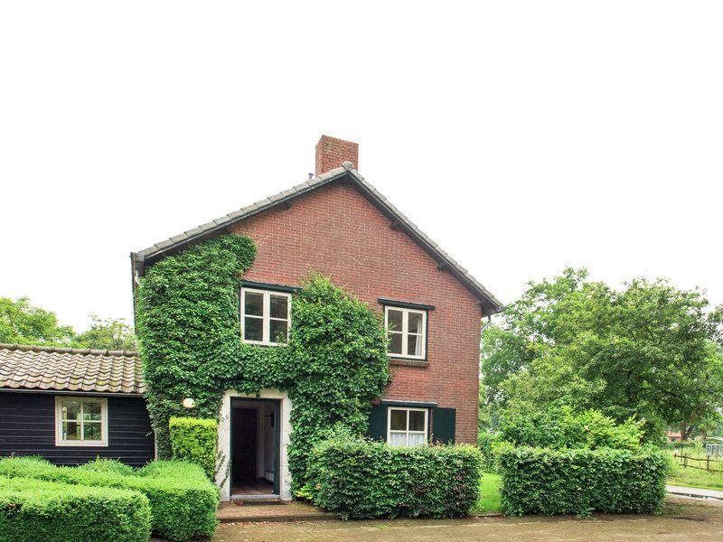 19353821-Ferienhaus-19-Lage Mierde-800x600-2