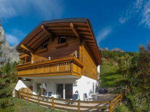 Ferienhaus für 7 Personen (220 m²) ab 284 € in Leukerbad